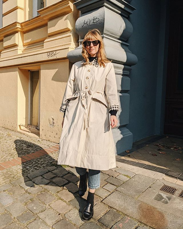 Favorite Trench. Thank you, @alexachung  / Anzeige