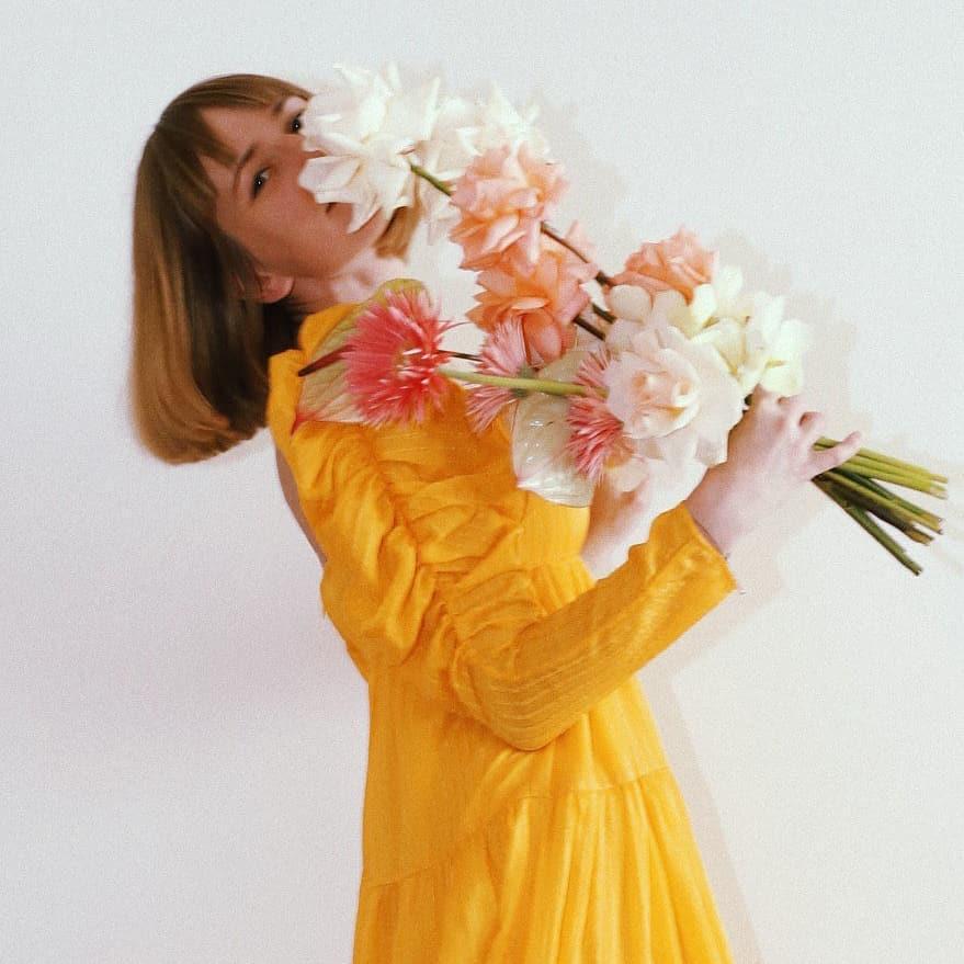 Flower Girl for @rejinapyo x @andotherstories  / Werbung