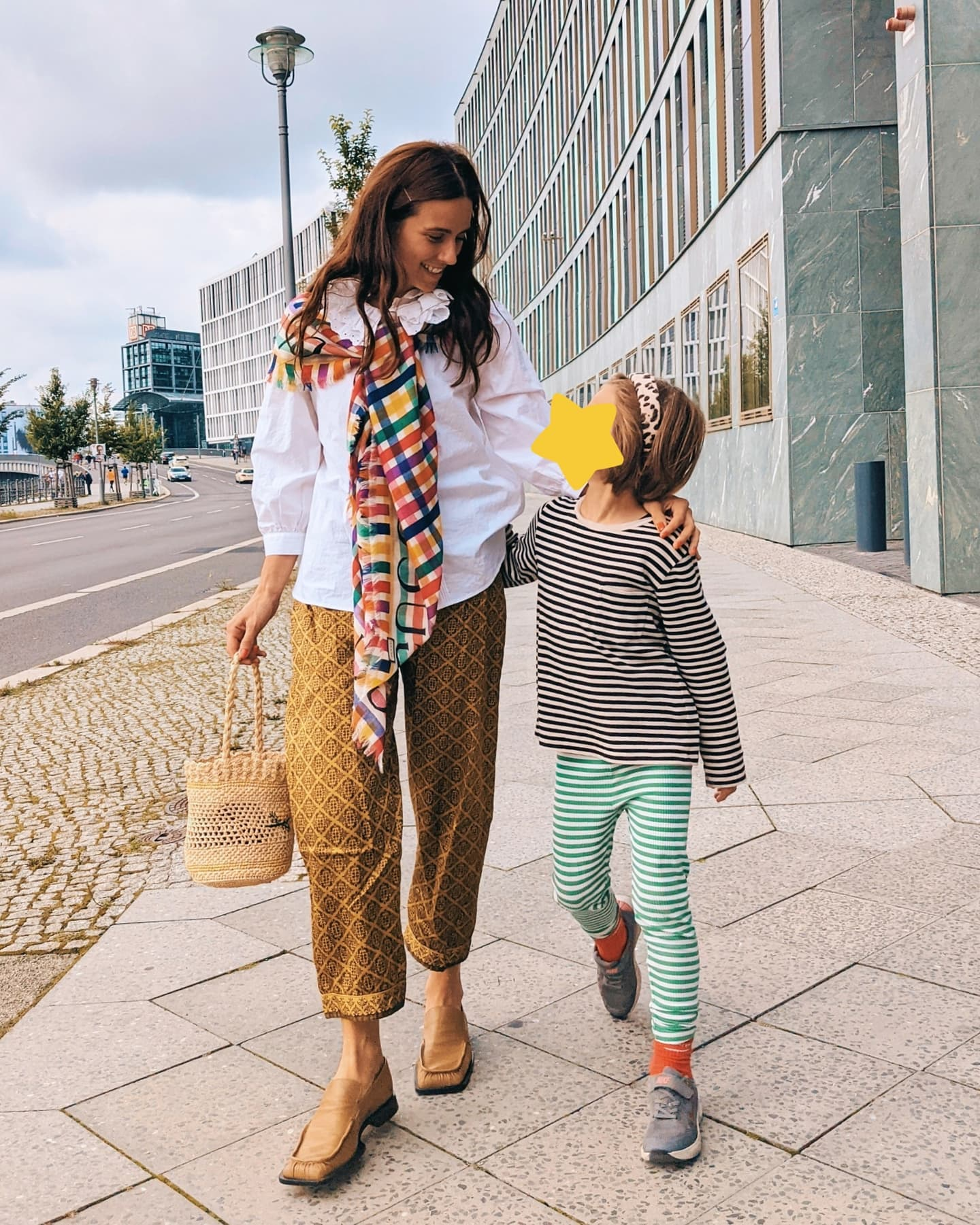 Someone is turning 7 this month, so these days I am reflecting a lot on what #modernmotherhood actually means (to me). I'll soon share a tiny written piece about my personal feelings, but for now I really do want to hear about your thoughts. Are they, just like mine, a bit chaotic, euphoric as well as rational, highly ambivalent, unfinished and always full of feelings? Are they both, a love letter and a goodbye kiss? Are you confused sometimes? What do you adore about being a parent and what is the truly hardest part about it? The biggest challenge? The most annoying, most wonderful side effect? What are you thankful for? What did you learn, what did you forget? What do you miss? And badly need? ️