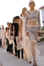 chanel cruise 2011 12 show 20 150x225 Chanel Cruise Collection 2012