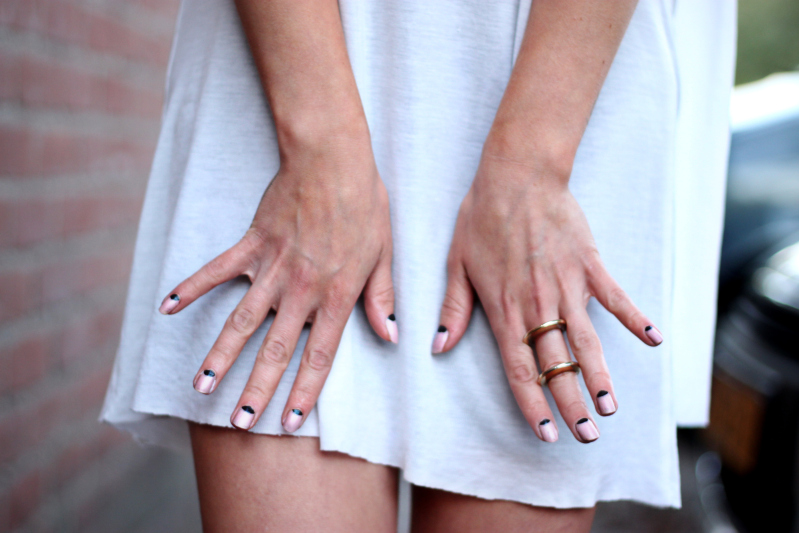 loveaestheticsmanicure Trend: Verrutschter Fingerschmuck   DO or DONT?