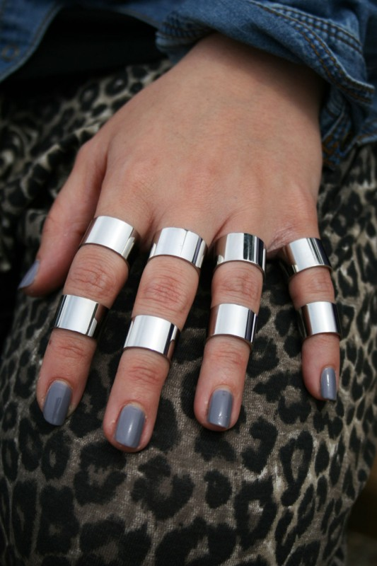 tumblr lkqmfwaZCh1qg3erj 533x800 Trend: Verrutschter Fingerschmuck   DO or DONT?