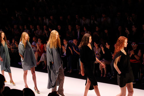 marcel ostertag4 Fashion Week: Michael Sontag Frühjahr/Sommer 2012   Kill Bill vs. Star Wars