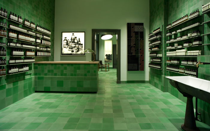 AESOP-GER-STORE-MITTE-LANDING-PAGE-IMAGE-700x437px-FA-1_1