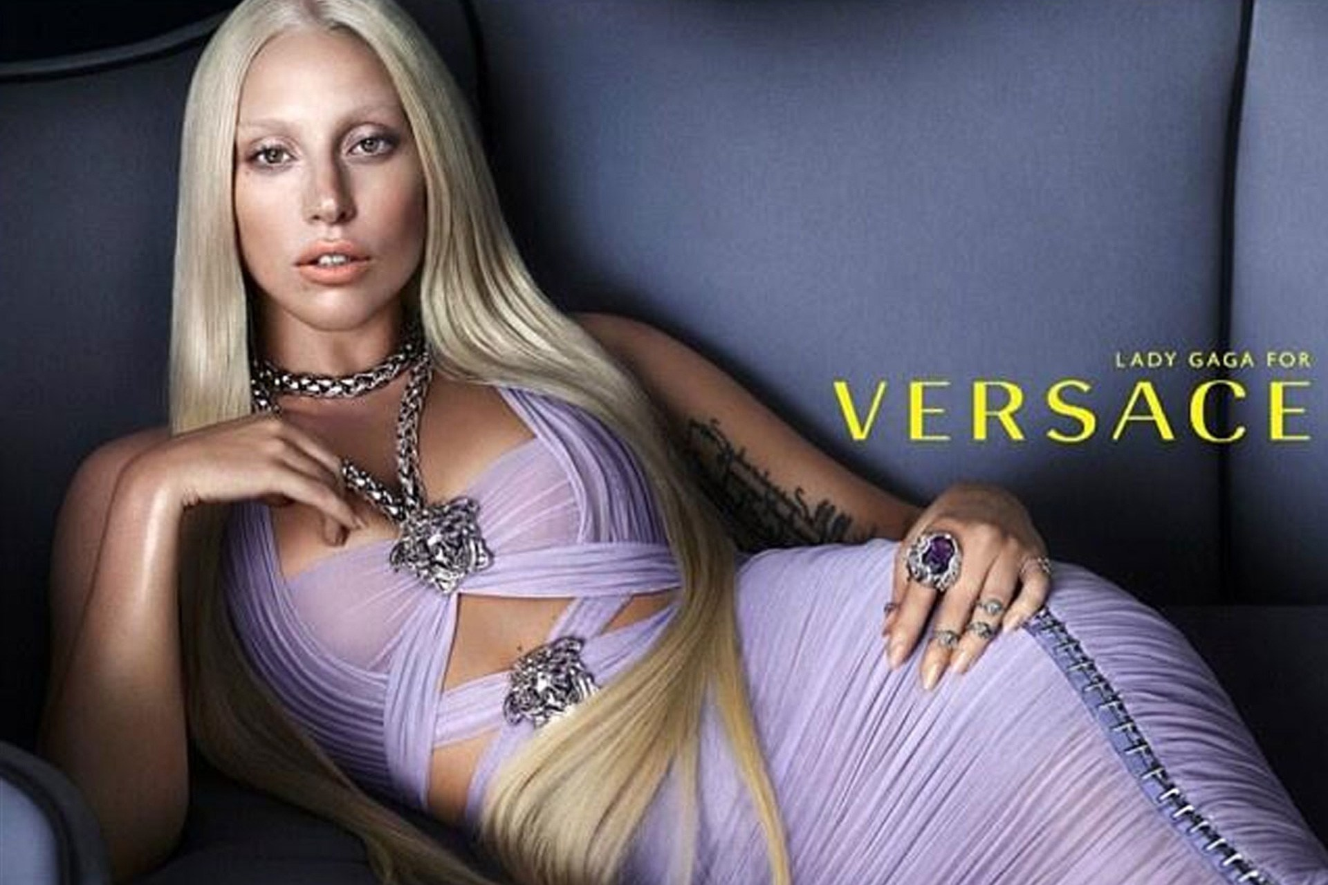 lady-gaga-versace-ad2-vogue-25nov13-pr