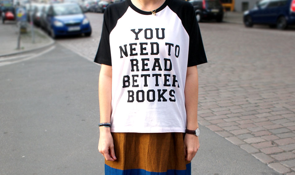 filles-a-papa-you-need-to-read-better-books-shirt