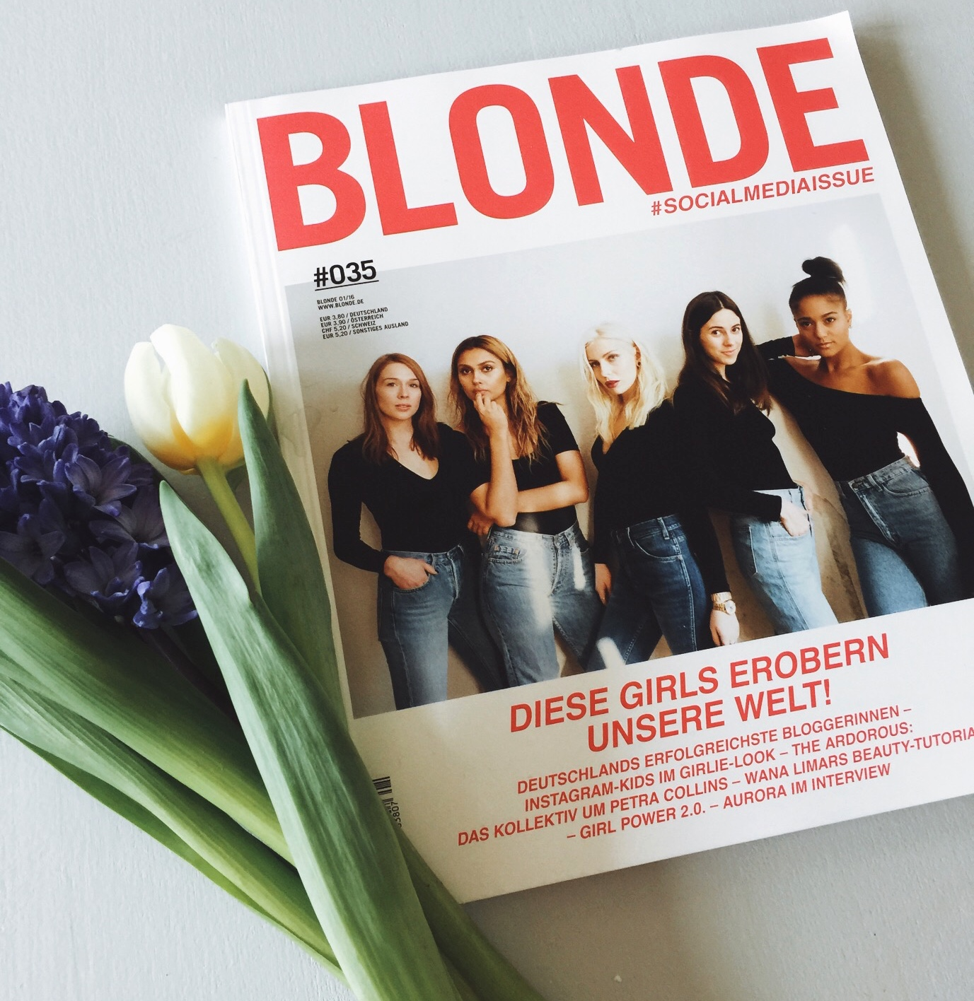 blonde socialmediaissue
