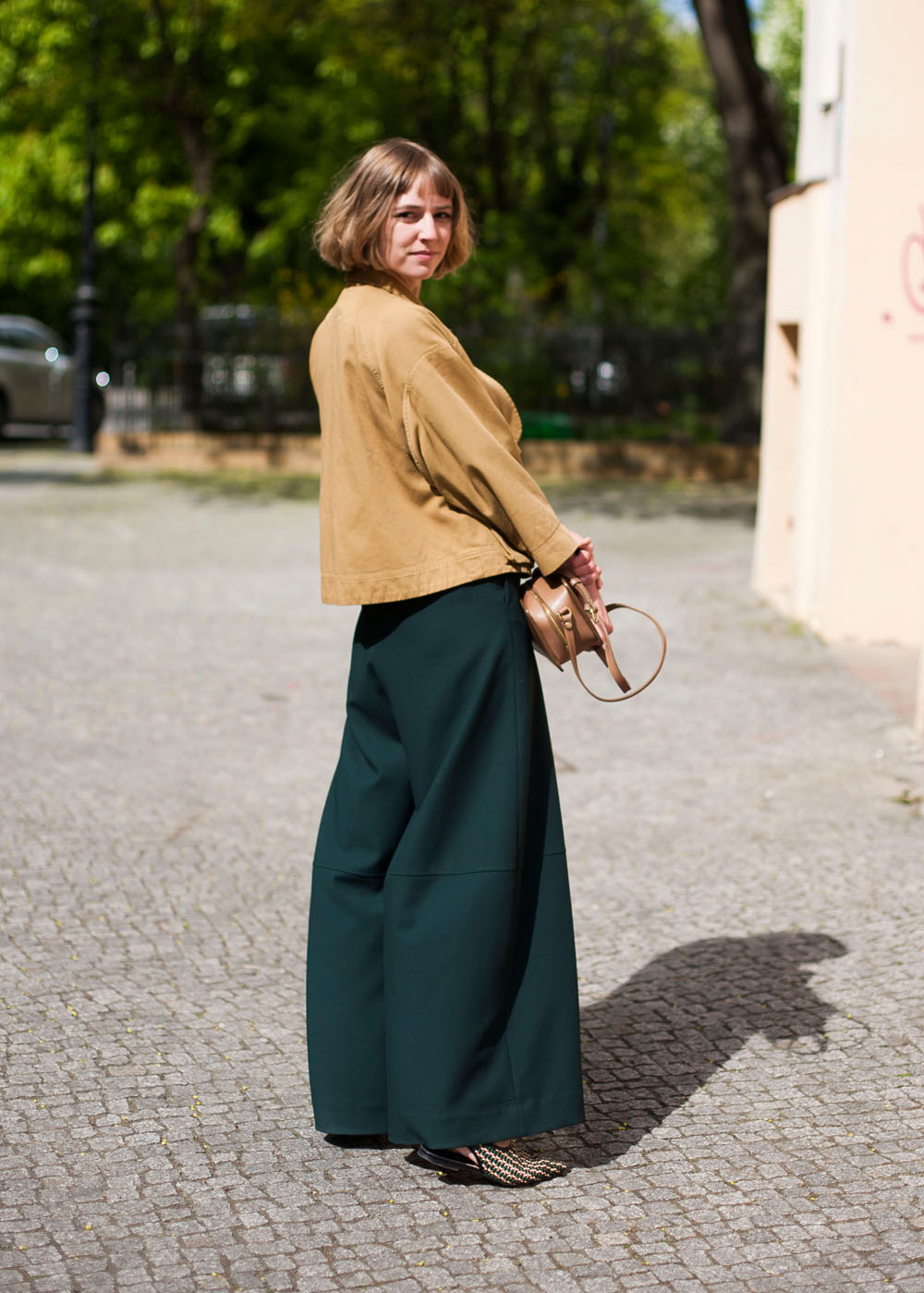 Outfit // Head-to-Toe <br/> in Tannengrün