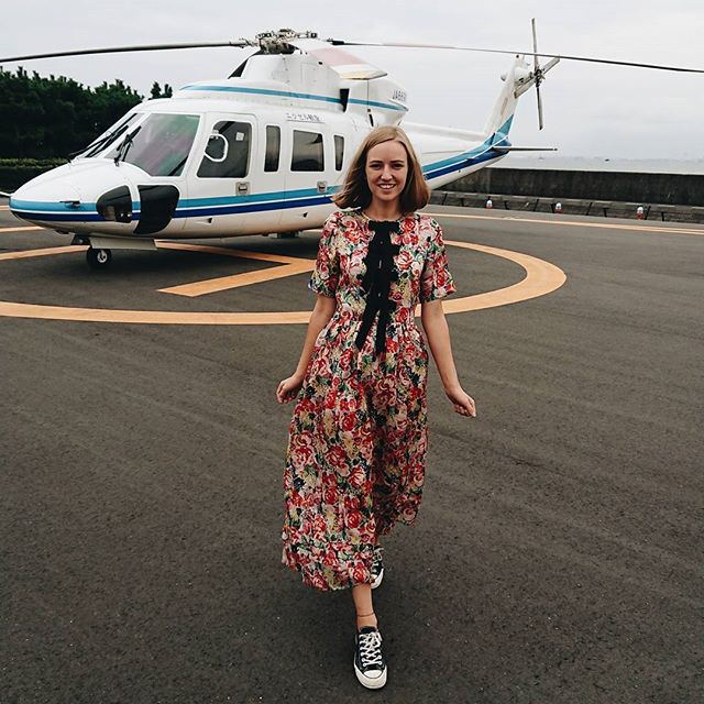 In my fav dress for my first helicopter fight! Shot w/ @sonyxperiade